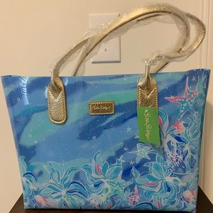 Lilly Pulitzer Breezy Pool Tote NWT!